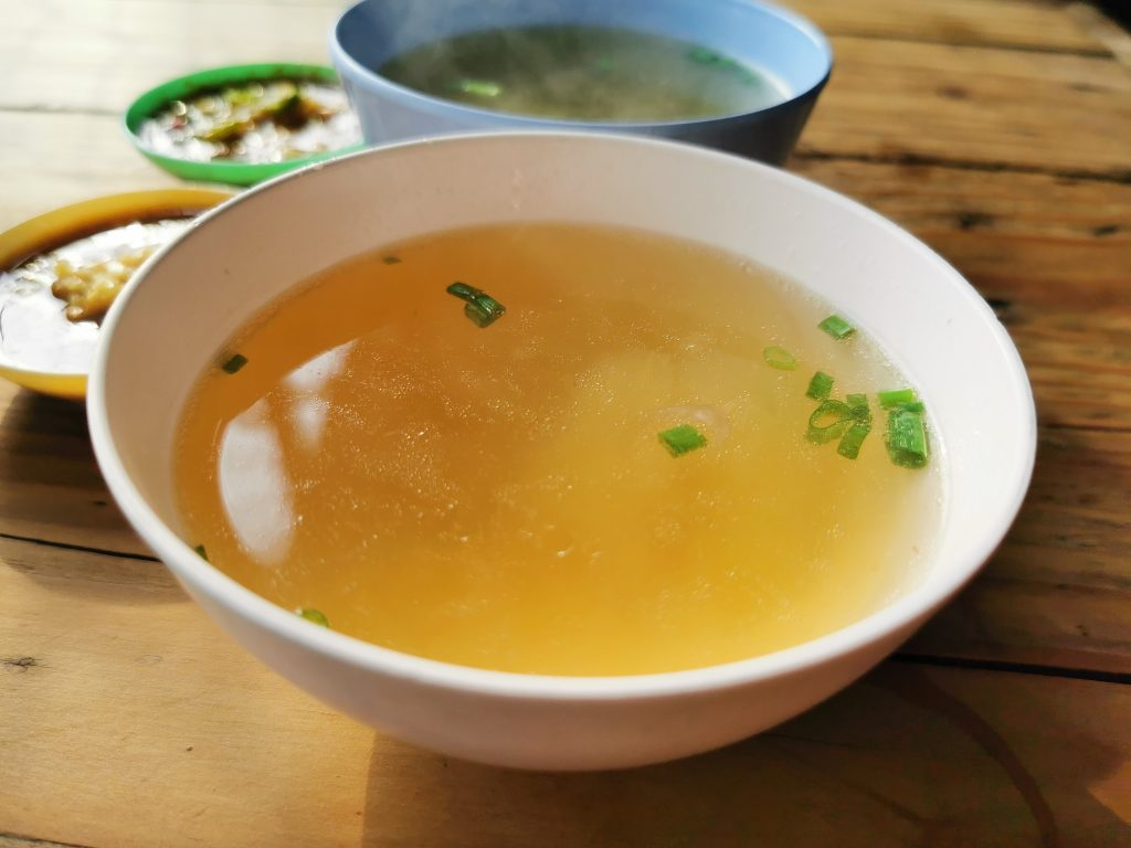 Bone broth photo by jenvit keiwalinsarid en Pexels